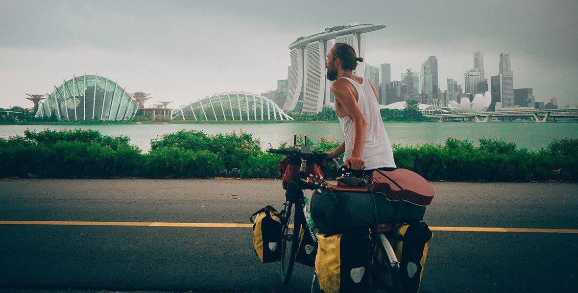 © Photo Martijn Doolaard, from One Year on a Bike, Copyright gestalten 2017