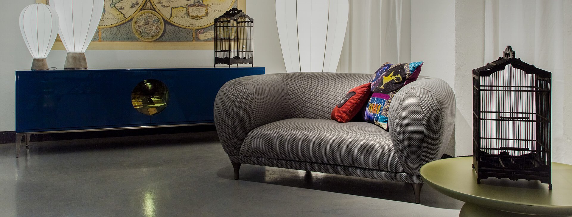 roche bobois ihre brands im stilwerk hamburg. Black Bedroom Furniture Sets. Home Design Ideas