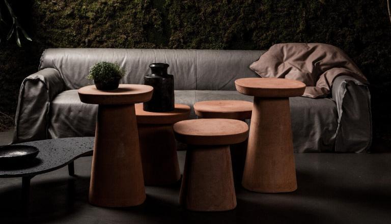 Die Italienische Marke Baxter Steht Für Exklusive Möbel Aus Leder. Seit  über 25 Jahren Entwickelt Und Fertigt Das Unternehmen Südlich Des Comer  Sees ...